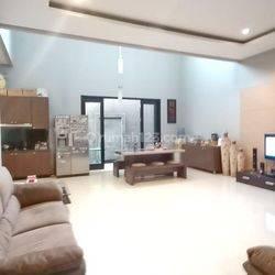 Rumah Bagus Nyaman di Singgasana Bandung