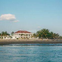 Luxury Beachfront Villa in Pasut kediri Tabanan