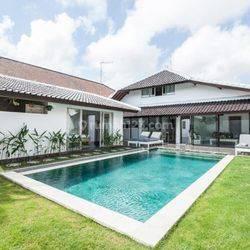 Villa 4 Kamar di Jalan Mertanadi Seminyak