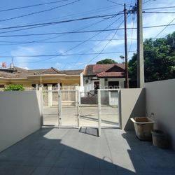 Rumah Taman Holis Indah Hanya 1,2M