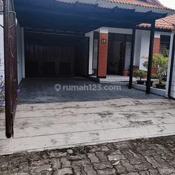 Rumah Bendul Merisi Utara Surabaya Siap Huni ada Toko Ciamik