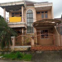 Rumah 2 Lantai Lt 174 m2 Regensi Melati Mas