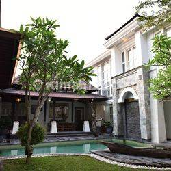 Rumah Mewah Di tukad Kawasan Elite tukad Citarum Renon Denpasar