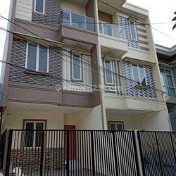 Rumah Baru Siap Huni Di Puri Indah(PR19)