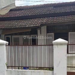 Rumah daerah Tangerang Selatan