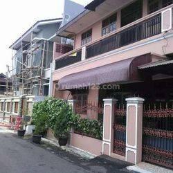 Rumah 2 Lantai Murah Strategis dalam Komplek di Ulujami Pesanggrahan Jakarta Selatan