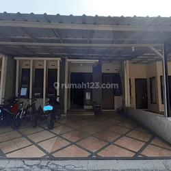 rumah 1.5 lantai dalam cluster nyaman di Bukit Cinere Gandul.