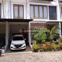kan Rumah 2 lantai cantik asri nyaman aman dalam Town House di Ciganjur JakartaSelatan