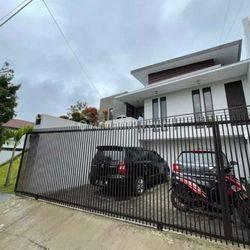 Rumah minimalis asri siap huni cuma diSetiabudi Regensy Bandung