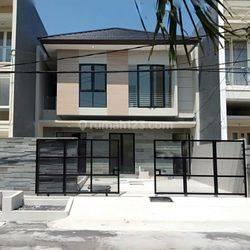 Rumah Baru Modern Turun Harga!! Lokasi di Sutorejo Prima