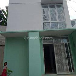 Rumah villa 2lantai dekat dengan akses jalan tol paster