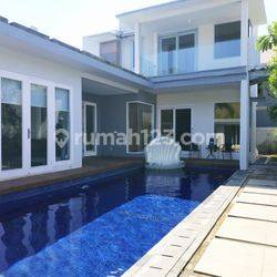 Villa di dalam kompleks villa eksklusif di Nusa Dua, dekat Tol dan pantai