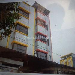 Rumah kost semi hotel eksklusif di Mabes Jakarta
