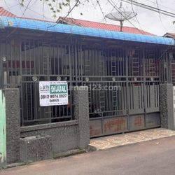 rumah siap huni, akses dekat kemana-mana & pagar keliling di Komp. Purnama Griya 1 (Jl. Purnama 1)