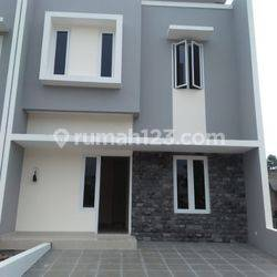 Rumah SERPONG 2 Lantai Dekat BSD