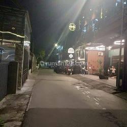 Rumah 2 lantai tengah kota di Srimahi
