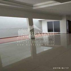 Rumah Bagus Siap Huni di Mekar Wangi, Lokasi Bagus, Harga Nego