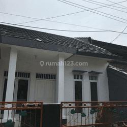 Rumah murah dan baru renovasi di Galaxy bekasi