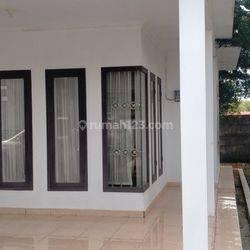 Rumah Cantik full furnished siap huni di jalan durian dekat taman kota Prabumulih