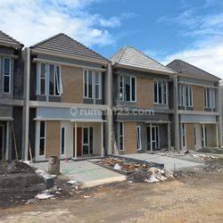 Rumah Cantik Exclusive Jalan Taman Durian Banyumanik Tembalang