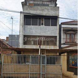 Rumah Serbaguna, lokasi strategis di daerah kota, jakarta barat