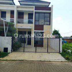 BRAND NEW MINIMALIST HOUSE DI METLAND PURI 6X20 2.5M KODE1375