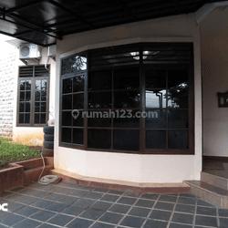 Rumah tengah kota siap pakai di Tengger Gajah mungkur Semarang selatan