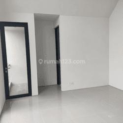 Rumah Baru, murah di kota Jakarta Barat Minimal  2tahun uk.6x15