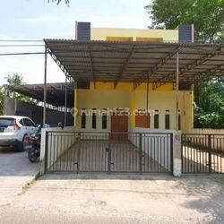 Murah 2 Unit Townhouse di Tepi Jl. Rustini Kenten