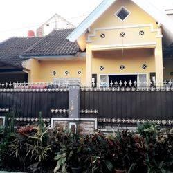 Rumah Siap Huni - Dekat Bandara ABD.Rahman Saleh Pakis Malang.
