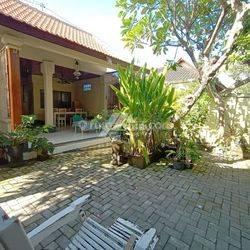 Balinese House Walk To The Beach