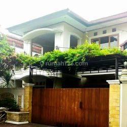 Rumah eksklusif dalam cluster siap huni Cantik Menawan di pondok bambu,jakarta timur