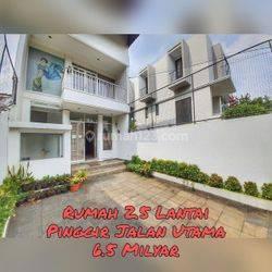 [RUKO] 2.5 Lantai ada Rooftop di Margasatwa Raya, Jak-Sel