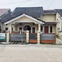 Rumah di Komplek Griya Hero Abadi Jl. Hasanudin Maskarebet