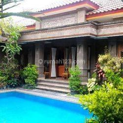 Rumah Termewah design Bali Tengah Kota Jogja dkt Balaikota Strategis