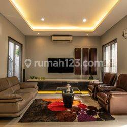 Rumah Murah 10x18 di Griya Loka BSD Tangerang Banten