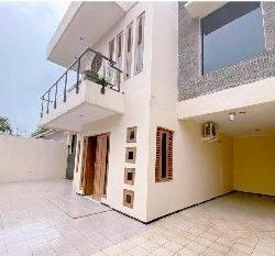 Rumah 2 Lantai  Sudah Renovasi  dan Asr di Komplek Pertambangan / Polri Duren Tiga Jakarta Selatan