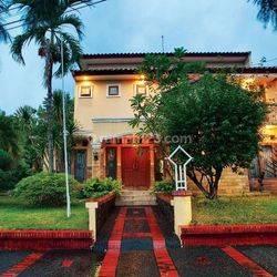 Dijual Rumah mewah dalam komplek di Bintaro sektor 2 dgn tipe mediterania