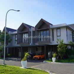 Rumah Baru 2 Lantai Green Crystal Summarecon Dekat Bandara Makassar