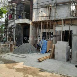 Rumah baru sedang direnovasi siap huni bagus dikencana loka bsd