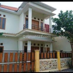 Rumah cantik di Jln Sunan Muria gg Merah Delima Probolinggo