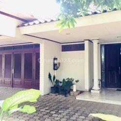 Rumah Mewah di Patra Kuningan, Jakarta Selatan (ES)