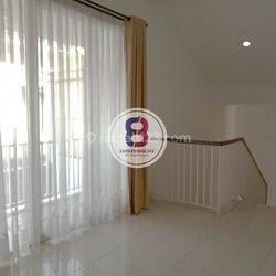 Rumah di Bintaro Jaya Sektor 7 Kebayoran Residences Cantik Asri Nyaman Rapi Siap Huni
