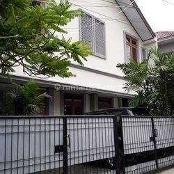 Rumah Strategis di Tengah Kota di Jl. Pancoran Buntu I  Pancoran Jakarta Selatan,