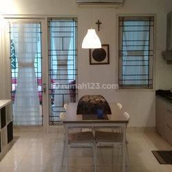 Rumah bagus, asri,adem, cantik murah di neocatalonia bsd