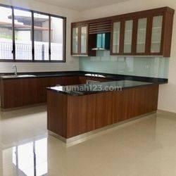 4BR Modern House - Pondok Labu Fatmawati