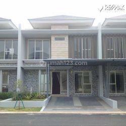Rumah 2 Lantai KT 3+1 di Cluster Mississippi, Jakarta Garden City (JGC), Cakung, Jakarta Timur