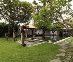 Luxury Villa di Batu Belig Kerobokan