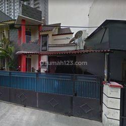 Dijual Rumah tingkat 2 lantai Menteng Dalam, Tebet, Jaksel