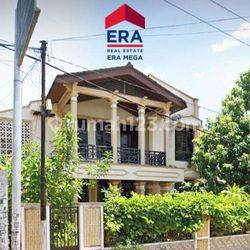 Rumah Bagus di Jl, Tikala Ares Manado Tearawat dan Berada di Depan Jalan Utama